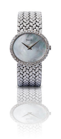 Piaget. A fine 18ct white gold manual wind diamond ladies wristwatch Ref. 9806D2, Case no. 229230, Circa 1970s