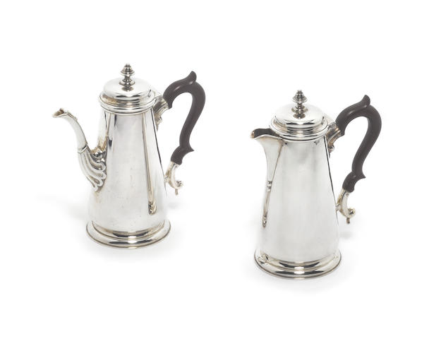A pair of silver cafe au lait pot, by John B. Chatterley & Sons Ltd, Birmingham 1964 / 66, retailed by ASPREY,  (2)