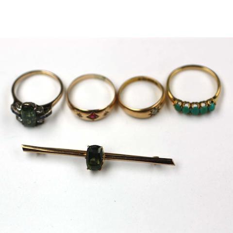 Assorted jewellery, (4)