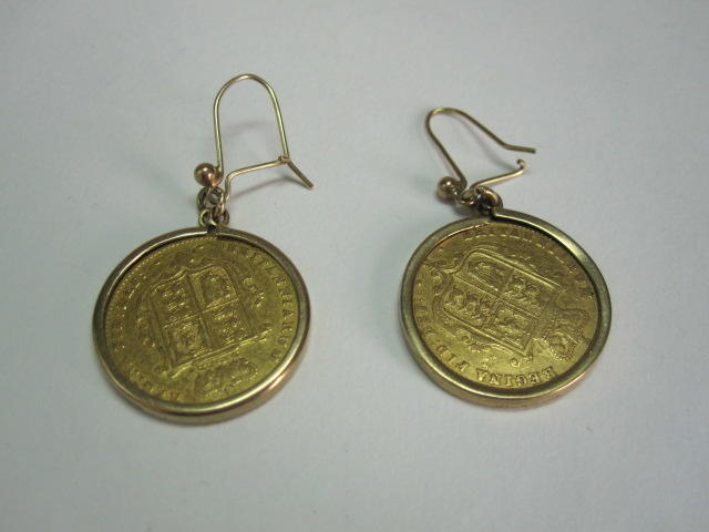 2 half sovereigns mounted as earrings