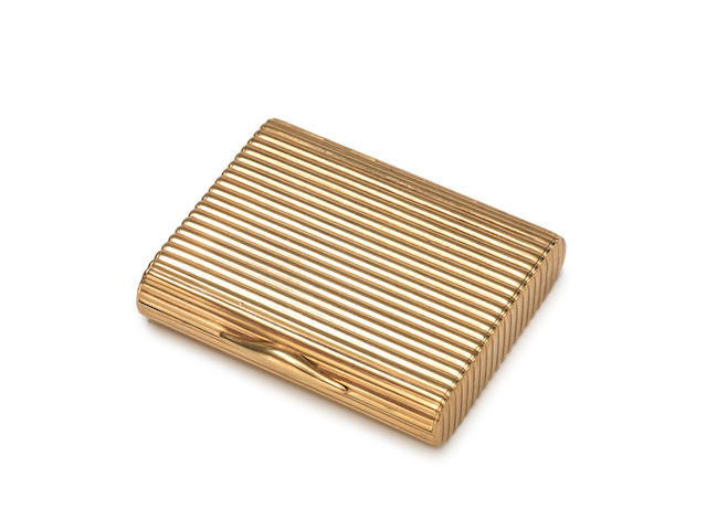 DUNHILL: A 9 carat gold cigarette case, by Alfred Dunhill, London 1939,