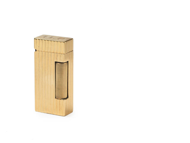 DUNHILL: A  14 carat gold mounted 'Rollalite' lighter and five further lighters. (6)