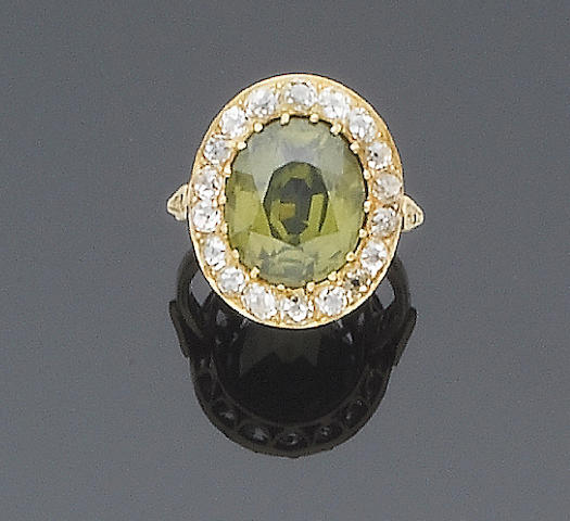 A green zircon and diamond cluster ring
