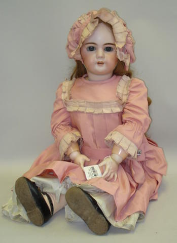 Large DEP bisque head doll, German for the French market, circa 1910