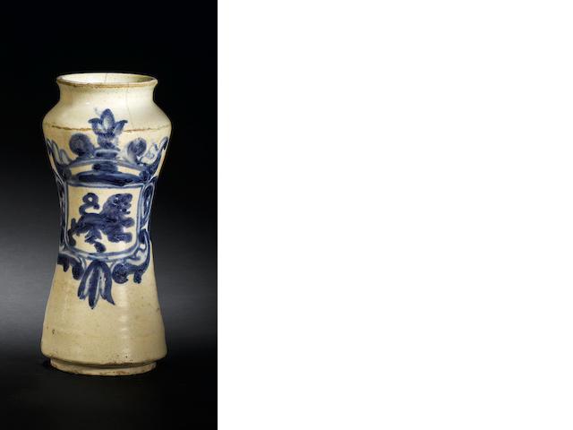 18th c tin glazed earthenware b & w