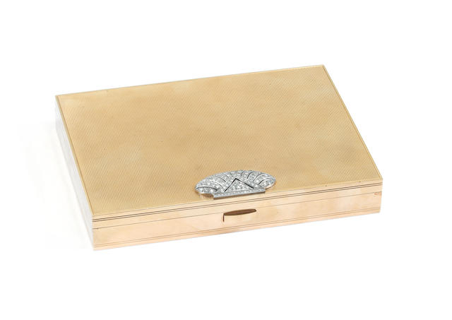 "A Continental yellow metal and diamond set vanity case, stamped with French gold standard mark and ""18K"","