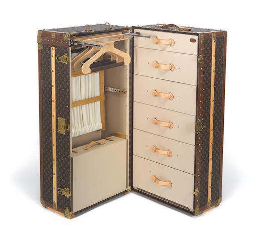 LOUIS VUITTON: A travelling cabin / wardrobe trunk,
