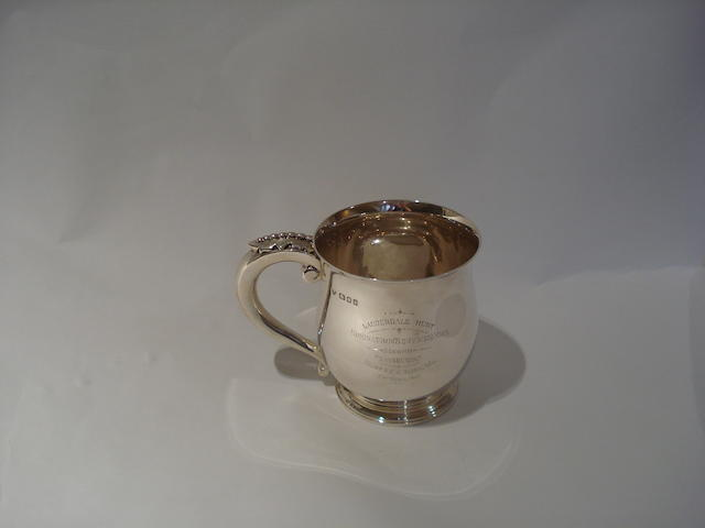 A presentation cup for The Lauderdale Hunt By Goldsmiths & Silversmiths Co. Ltd, London 1932