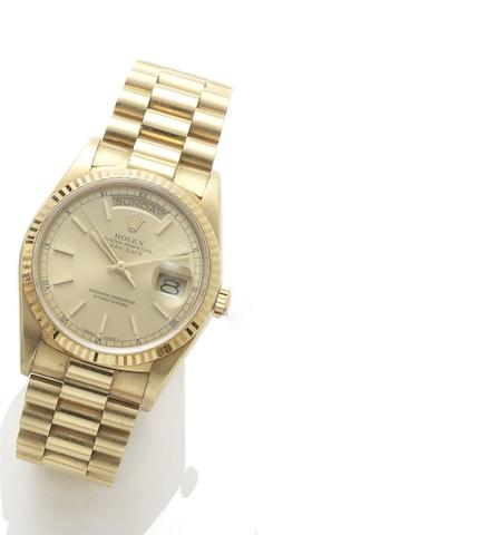 Rolex. An 18ct gold automatic bracelet watch Day-Date, reference: 18238, case number: L432101, circa 1989