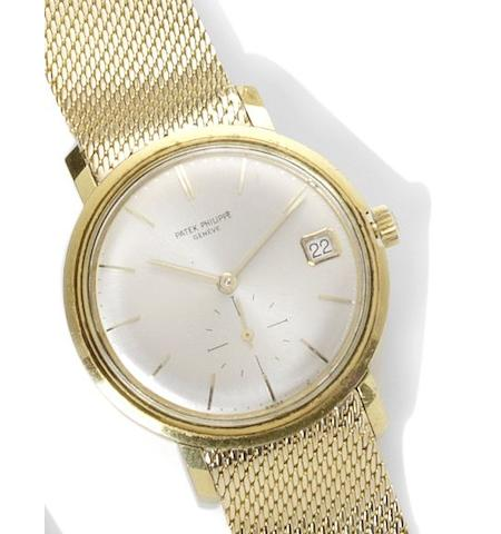 Patek Philippe. An 18ct gold automatic wristwatch Calatrava, number 1121952, circa 1970