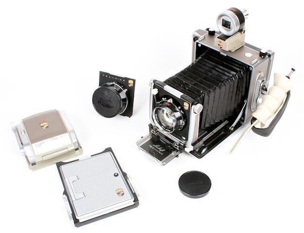 Super Technika 4 x 5 inch camera outfit