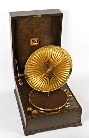 An HMV model 460 Lumière gramophone, Oak version, circa 1925,