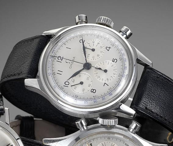 Omega. A stainless steel manual wind chronograph wristwatchReference: 10387860, circa 1944