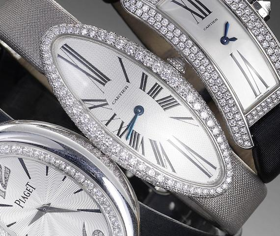 Cartier. A fine 18ct white gold and diamond set ladies wristwatch Baignoire, recent