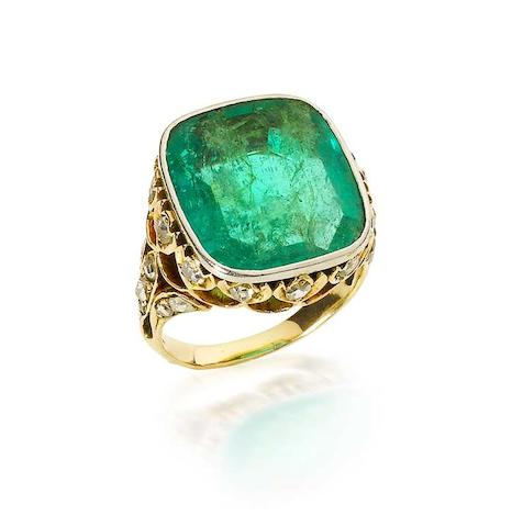 A late 19th century emerald and diamond dress ring, probably Indian,