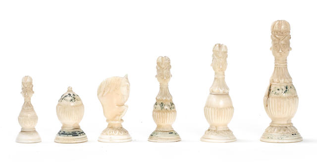 A Russian mammoth ivory chess set Kholomogory, 18th century