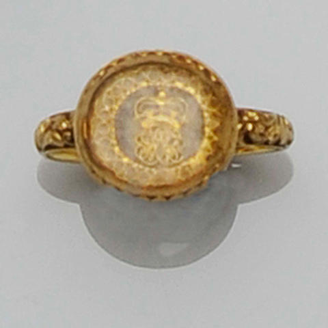 An 18th century gold memorial ring