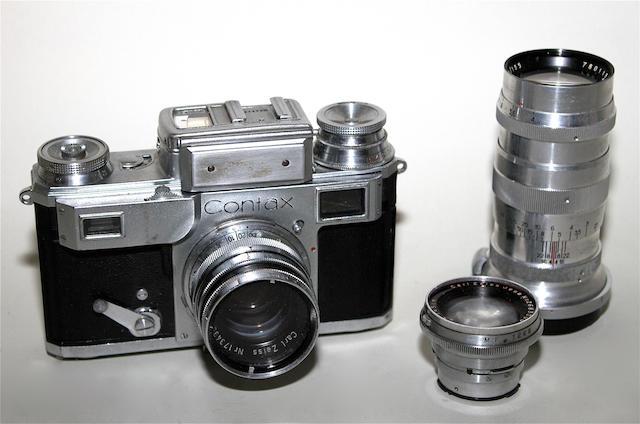 Contax III camera qty