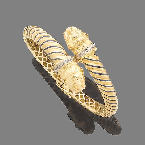 A gem-set hinged bangle and ring suite (2)