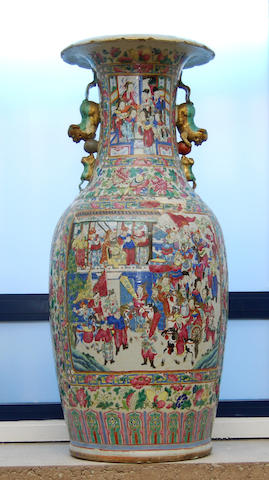 A large canton famille rose vase