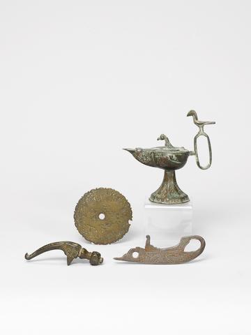 A Seljuk bronze Hammer Head Persia, 12th/ 13th Century(4)