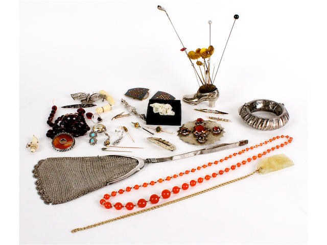 A collection of jewellery, costume jewellery and stick hat pins