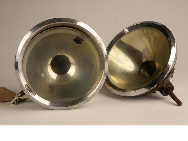 A pair of Phares Autoroche headlamps, type 162,