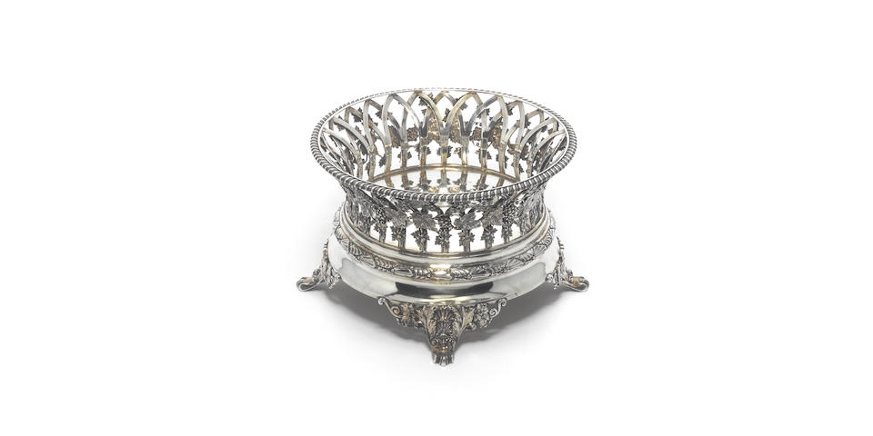 A late Victorian silver fruit/bread/flower bowl, by D & J Wellby, London 1897,