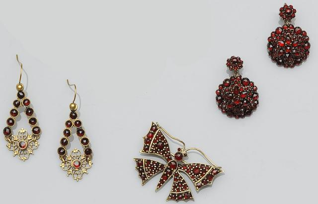 A collection of garnet set jewellery