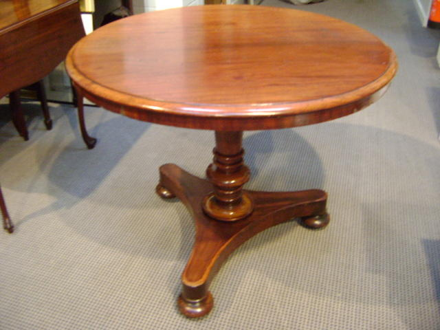 A William IV mahogany tripod breakfast table
