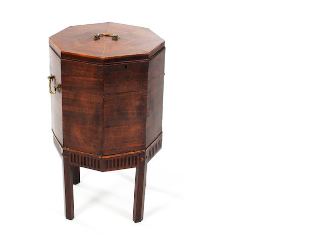 A 19th century mahogany cellarette val 208601/17