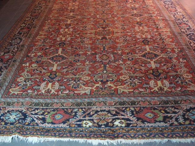 A Mahal carpet West Persia, 383cm x 276cm