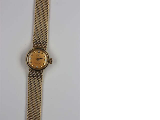 Omega: An 18ct gold lady's Ladymatic quartz wristwatch