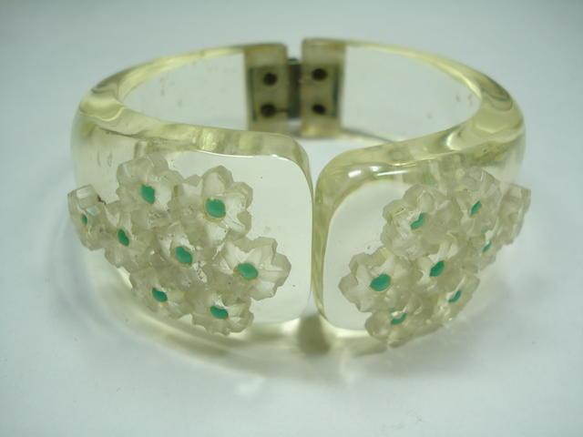 An Art Deco bakelite cuff