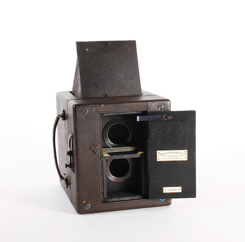 Twin lens Reflex by London Stereoscopic Company