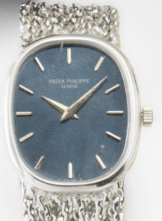 Patek Philippe. An 18ct white gold manual wind wristwatchEllipse, 1970's