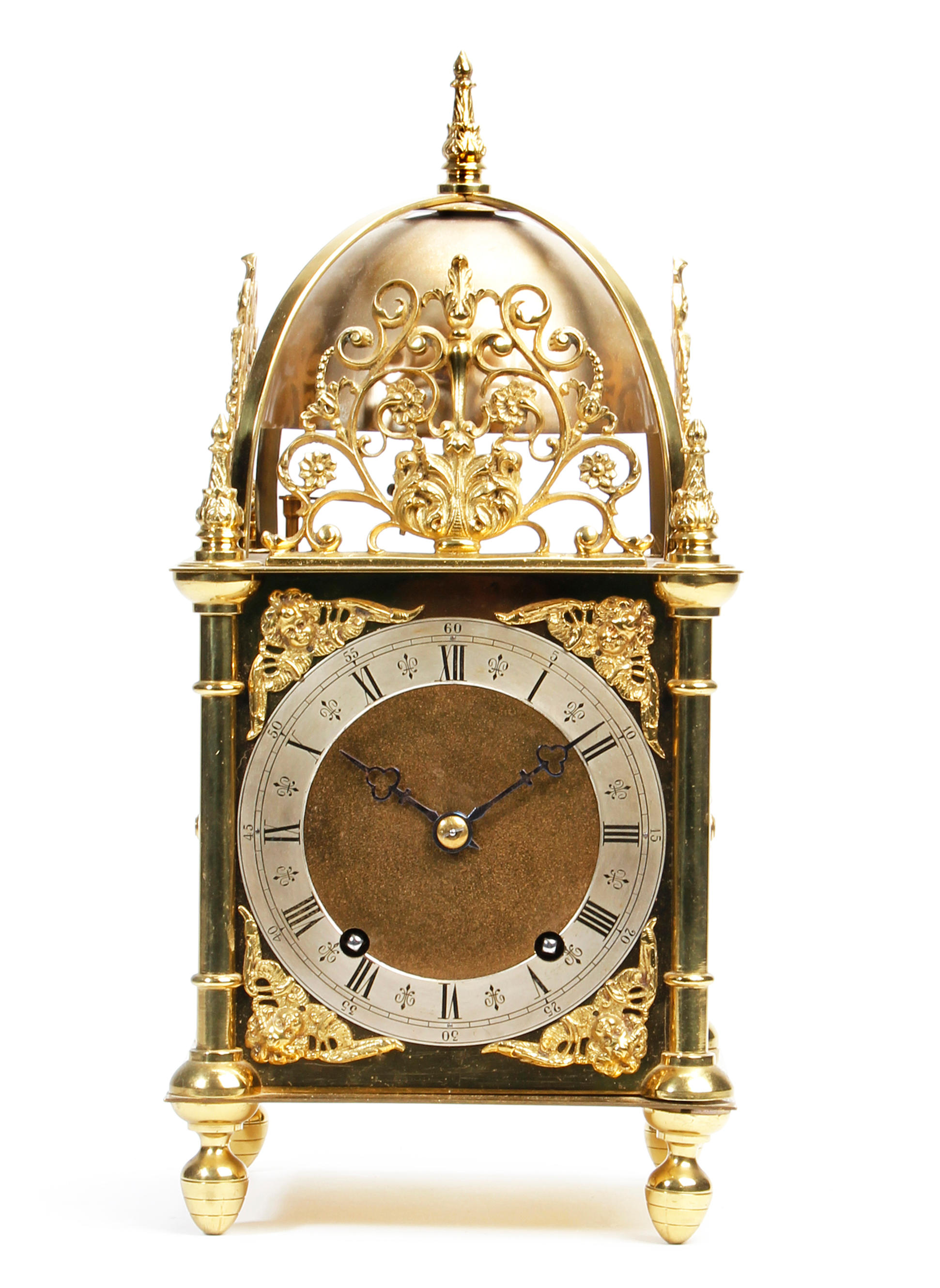 A good quality early 20th Century brass 'lantern' clock