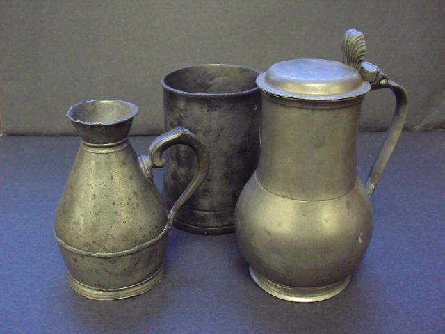 An early 19th century Dutch or Belgian flagon