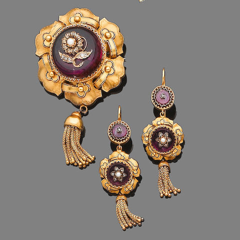 A mid 19th century gold, rock crystal, seed pearl and diamond brooch and earring suite (2)
