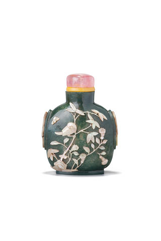 An unusual mother-of-pearl-embellished moss agate snuff bottle  1800-1860