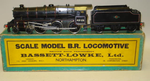 Bassett-Lowke electric BR class 5MT Black Five 4-6-0 locomotive and tender