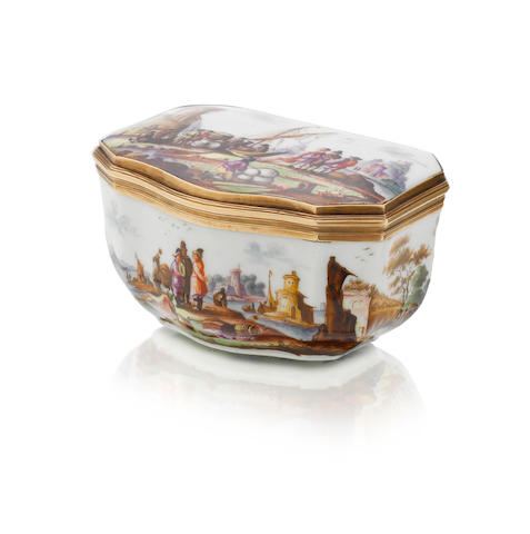 A gold-mounted snuff box, possibly Meissen, 19th century