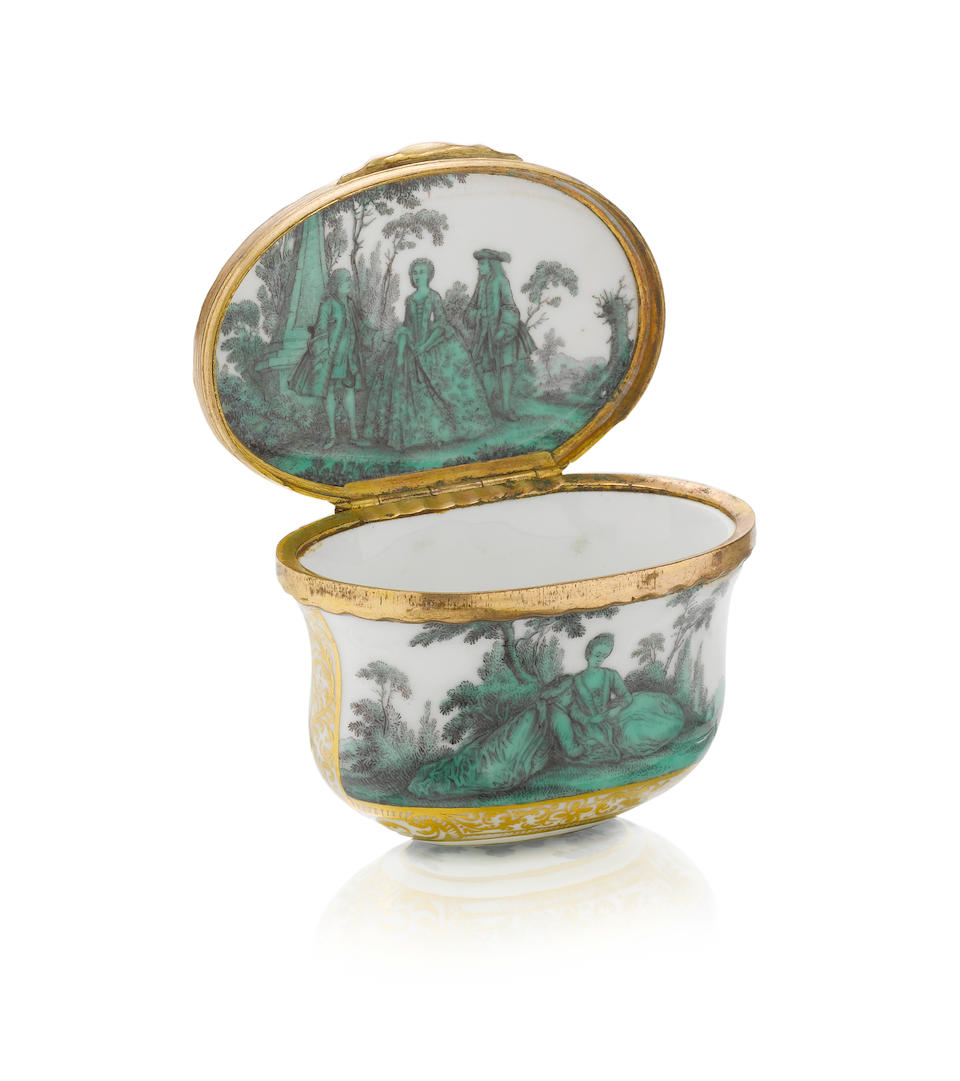 A Meissen gold-mounted oval snuff box from the toilet service for Queen Maria Amalia Christina of Naples and Sicily, Princess of Saxony, circa 1745-47