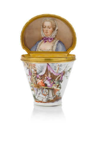 A Meissen box with portrait of Electress Elisabeth Auguste of the Palatinate circa 1745-50