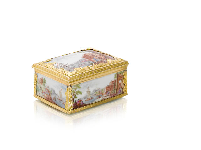 A Meissen box with coastal scenes with gold mount circa 1740-50