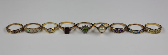 Nine gem set rings,
