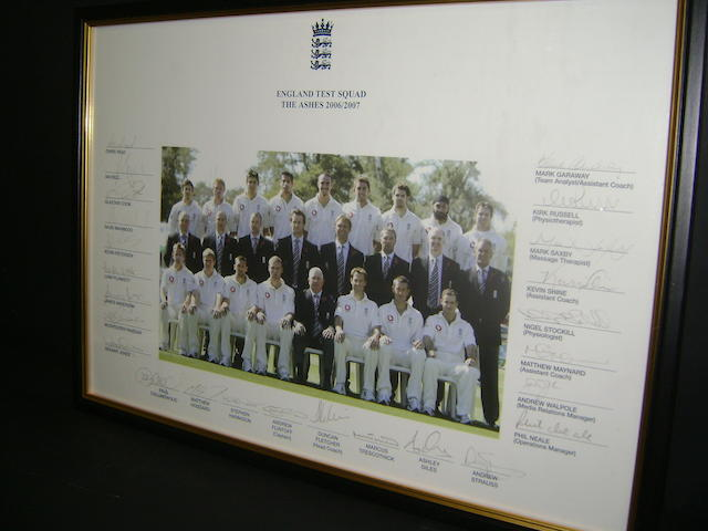 2006/2007 England test squad hand signed picture