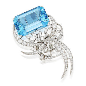 An aquamarine and diamond brooch,