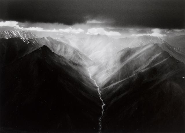 Sebastião Salgado (Brazilian, born 1944) Alaska, 2009 Paper 49.8 x 59.9cm (19 5/8 x 23 9/16in), image 36.6 x 50.6cm (14 7/16 x 19 15/16in).