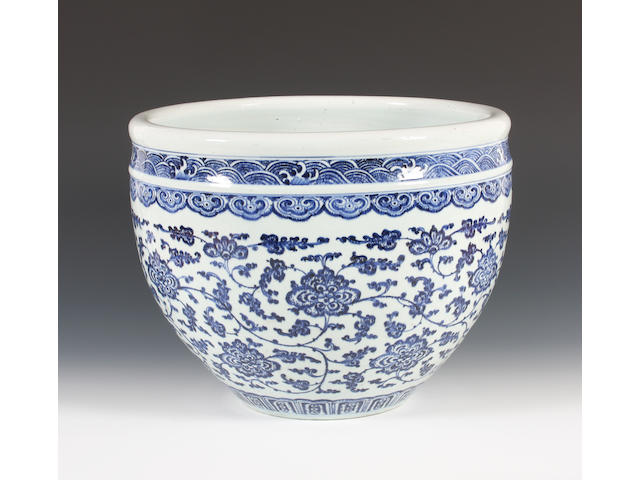 A Chinese blue and white fish bowl 19th Century.